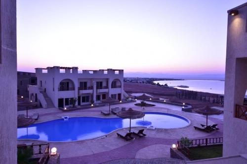 A view of the pool at Sunny Vacation Dahab or nearby