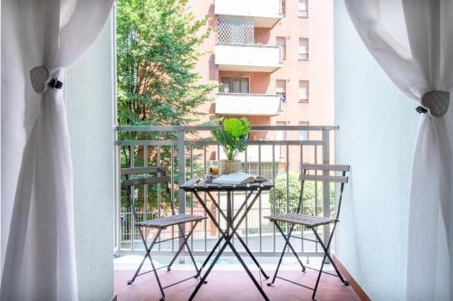 A balcony or terrace at Happy Home