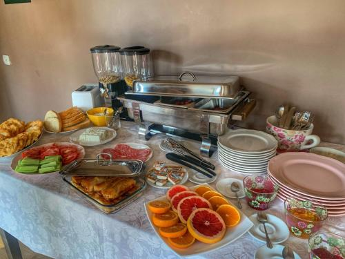 Breakfast options available to guests at Spomar Aparthotel