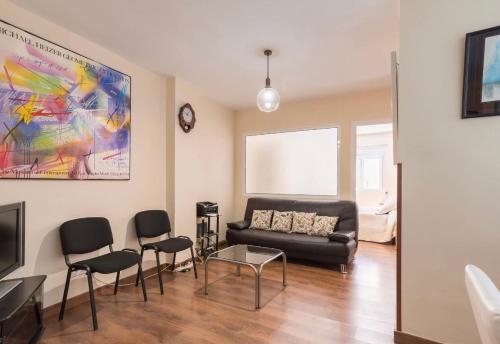 A seating area at Apartamento Zamarrilla