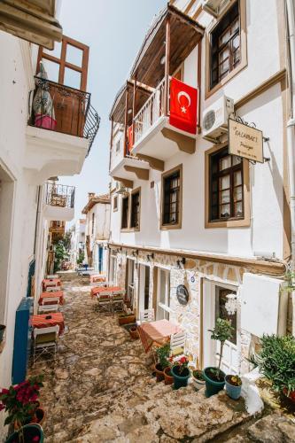"""نتيجة بحث الصور عن الحي القديم كالكان تركيا"""""""