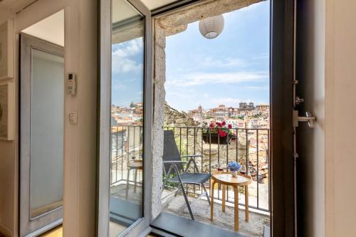 Een balkon of terras bij Urban Apartment Casa da Portela