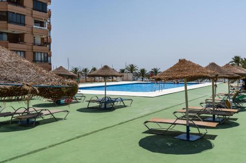 Apartment Hotel Palmeras (España Fuengirola) - Booking.com