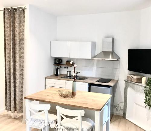 Mobili Bagno Marie Claire.Apartment Marie Claire Cannes France Booking Com