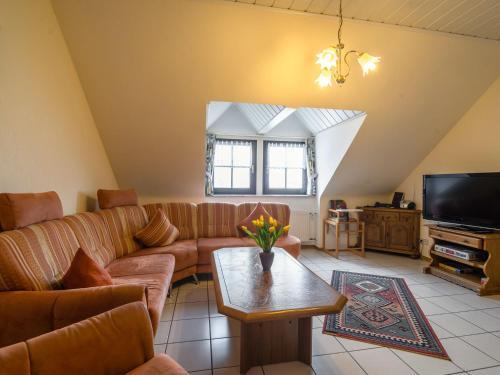 Ein Sitzbereich in der Unterkunft Modern Apartment in Eschfeld Germany with Sauna