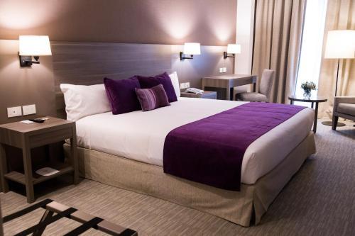 Hotel Land Plaza La Plata (Argentina La Plata) - Booking.com