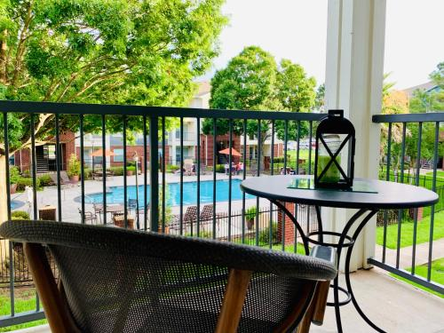 A balcony or terrace at Luxury Rentals at Texas Medical Center