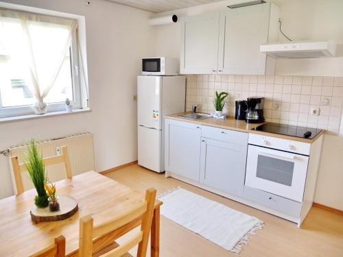 Sunnyhome Apartments Burgweinting