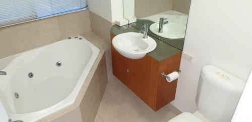 A bathroom at Currumbin Tree Place