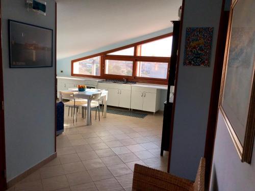 A kitchen or kitchenette at Marzamemi Centro Storico