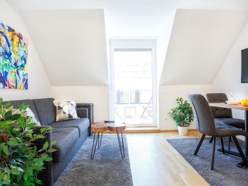 Prostor za sedenje u objektu SKY9 Penthouse Apartments
