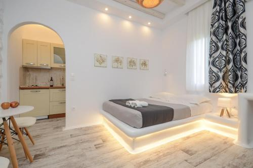 A bed or beds in a room at Valena Mare