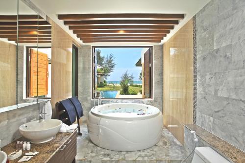 A bathroom at Ataman Luxury Villas