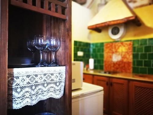 Una cocina o zona de cocina en Buhardilla Rústica en la Vall de Gallinera