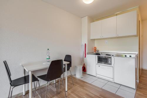 Küche/Küchenzeile in der Unterkunft Anstatthotel.ch Hochdorf