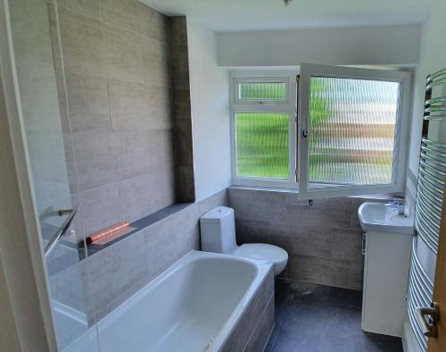 A bathroom at Marvellous Apartment West London