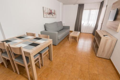 A seating area at Apartments Niko