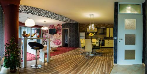 The fitness center and/or fitness facilities at Luxury Apartments Burgas