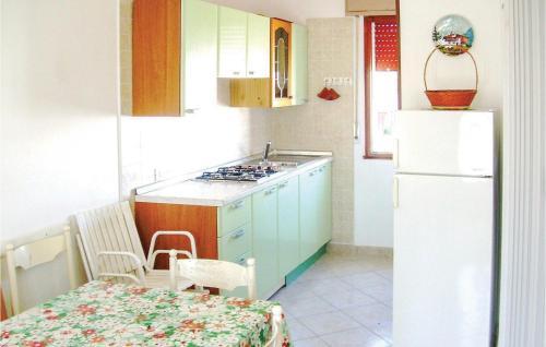 A kitchen or kitchenette at 'Ebora