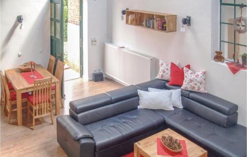 Ein Sitzbereich in der Unterkunft Holiday Home Verchen with Fireplace 11