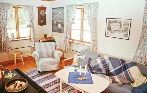 Coin salon dans l'établissement Holiday home Gadderöd Dingle