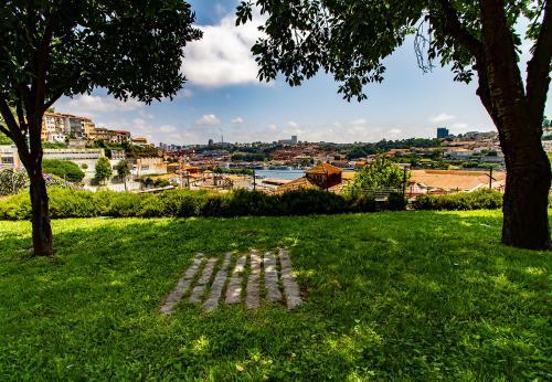 Tarifs – 2019 GardenPorto Riverside Oporto EHD9W2IY
