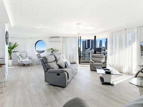 A seating area at Acapulco 2 Bed Ocean View Surfers Paradise