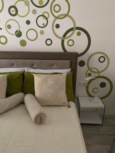 Letto o letti in una camera di CEJM Apartments Merano