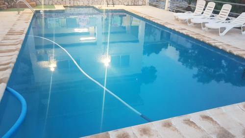 Calicanto House Pool Torrent Updated Na 2019 Prices
