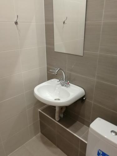 A bathroom at Hotel Veda