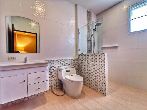 Ein Badezimmer in der Unterkunft Diamond Pool Villa@Samui