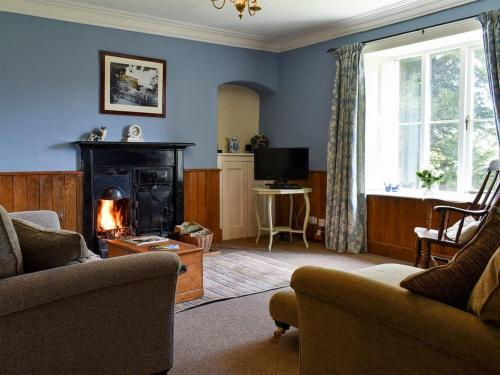 A seating area at Tilly'S Cottage