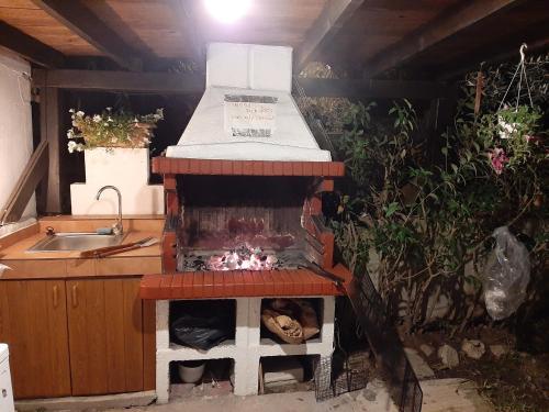 Facilități de grătar disponibile la acest apartament