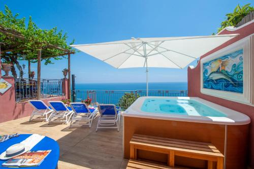 The swimming pool at or near Palazzo Rocco Villa Sunshining in Love