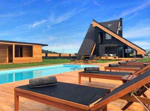 Zoe Luxury House