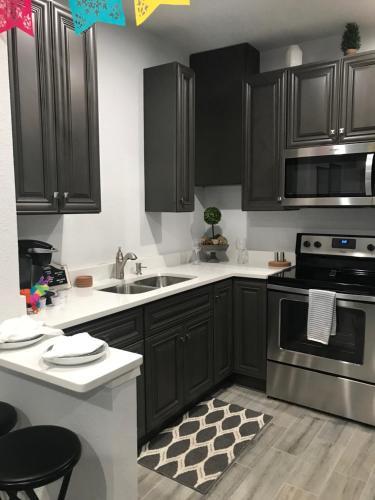 A kitchen or kitchenette at Southtown Studio Especial