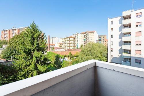 A balcony or terrace at Barona Garden Apartment