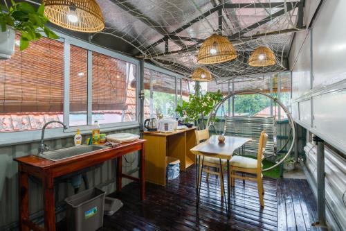 Nhà hàng/khu ăn uống khác tại Nu Sweet Home