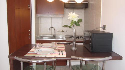 Una cocina o zona de cocina en Departamento Doña Lucia