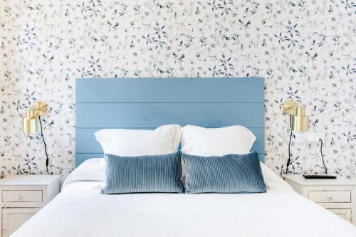 A bed or beds in a room at Apartamento Pajaritos