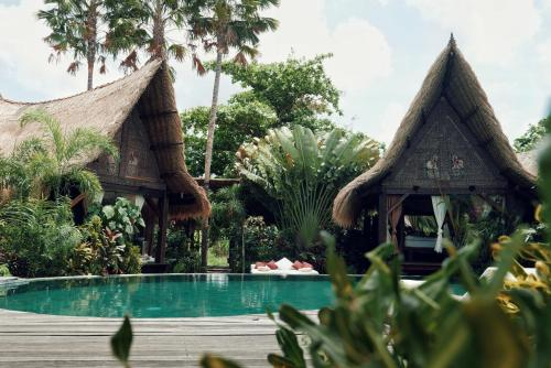 The swimming pool at or close to Own Villa Bali