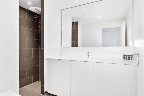 Kylpyhuone majoituspaikassa STAY Seaport