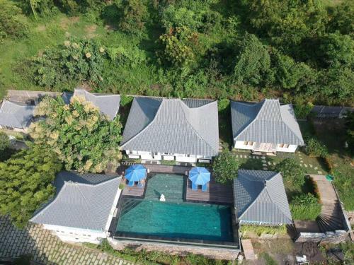 A bird's-eye view of Kayu Manis Villa & Spa