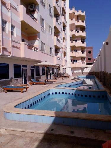 The swimming pool at or near Tiba Towers 2, Apartament A06