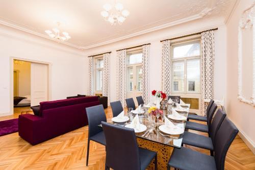 Spiseplads på lejlighedshotellet