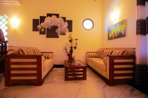 A seating area at SRI LANKAN VILLA