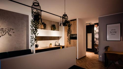 The lobby or reception area at Floral Apartment