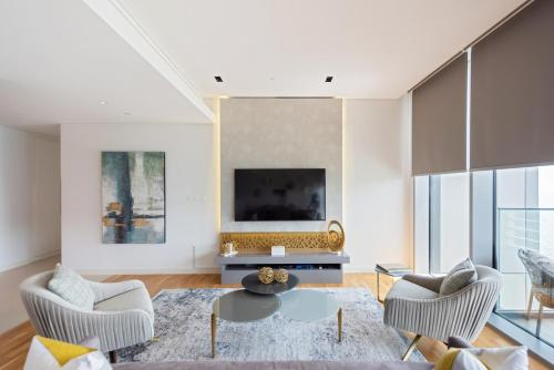 A seating area at Boutique Living - Bluewaters Dubai