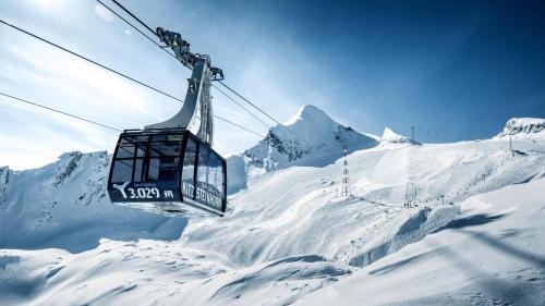 AlpinResort Kaprun during the winter
