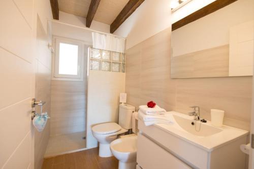 Ein Badezimmer in der Unterkunft Can Ferrer